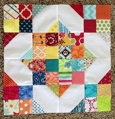 Crazy Old Ladies Quilts: INTRODUCING: NATALIE SMITH I love this block! It would be a great bee block.