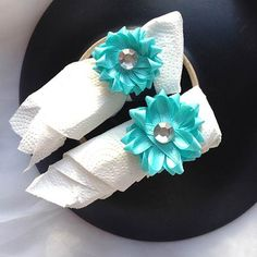 Gift Bow Napkin Ring Holder Set by beautifulswagstore on Etsy, $8.00 #teamsellit #boebot