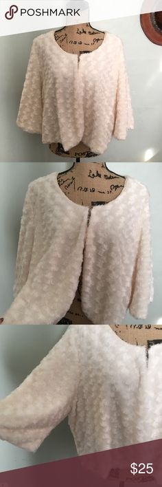 Forever plus size 3x faux fur cream cropped jacket Forever plus size 3x faux fur cream : off white cropped jacket forever Jackets & Coats