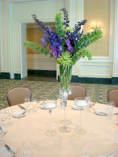 Formal dining.  #Flowers