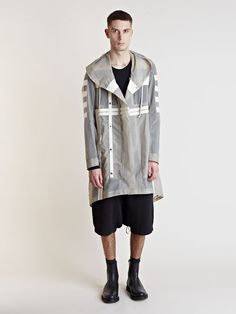 Very cool parka ! Fashion Wear, Sport Fashion, Mens Fashion, Fishtail Parka, Rick Owens Men, Casual Looks, Menswear, Parka Jackets, My Style