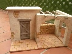 Possible nativity scene Nativity House, Nativity Stable, Christmas Nativity Scene, Nativity Scenes, Christmas Crib Ideas, Christmas Crafts, Christmas Decorations, Fontanini Nativity, Free To Use Images