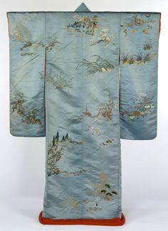 blue silk Kimono, 1820-1860. Museum no. FE. 36-1981