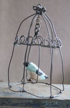 the adventures of bluegirlxo: artful thursdays #16.....paper clay bird tutorial by Julie collings --- wire cage ornament