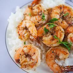 Peppery Garlic Prawns (via www.foodily.com/r/q5JPnDmK1v)