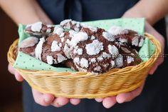 Cookies craquelados de chocolate | Receitas e Temperos