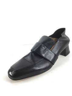 93d46c67ffa J12 NEW Stuart Weitzman Irises Black Leather Embellished Loafers Women Sz  7.5 M  fashion