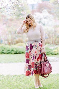 Hochzeitsgast Outfit - Das trage ich bei einer Hochzeit Curvy Fashion, Plus Size Fashion, Plus Size Kleidung, Pastel Pink, Cherry Blossom, Pink Flowers, Plus Size Outfits, Fashion Outfits, Floral
