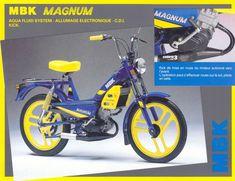 MBK-Magnum-51-1987-monocylindre-50cc-2-temps-refroidissement-liquide-roues-à-batons-en-alu-CDI-mise-en-route-par-kick-MBK-Saint-Quentin-Aisne-Picadie-France-Europe.