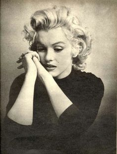 SHE (MARILYN) HAD MUCH ON HER MIND THAT SHE JUST COULDN'T SHAKE..........ccp