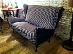 La Tapicera, sofá años 50 tapizado en pata de gallo