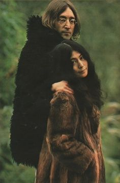 John Lennon and Yoko Ono.. I definitely don't care much for yoko, but he truly loved her to the moon and back, who knows, maybe more.