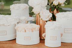 blumen für die hochzeit von grace flowerbox gold weiß Flower Aesthetic, Aesthetic Images, Grace Box, Grace Flowerbox, Flower Boxes, Flowers, Flower Wallpaper, Wedding Themes, Wedding Centerpieces