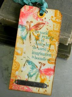 @Tim Holtz Brushless Watercolor Technique.
