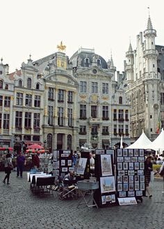 travelingcolors:  Grand Place, Brussels | Belgium  Photo taken by me (Nacho Coca)
