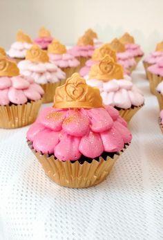 tiara themed cupcakes