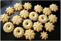 Fűszermánia: Kekszgyártás keksznyomóval Love Is Sweet, Almond, Cereal, Cupcakes, Cookies, Breakfast, Cukor, Food, Biscuits