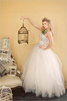 Whimsical bridal portrait ideas. Captured By: Lana Photography ---> http://www.weddingchicks.com/2014/05/27/wearable-floral-art/
