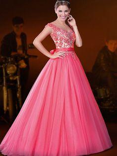 Resultado de imagem para vestidos mais lindos do mundo longo