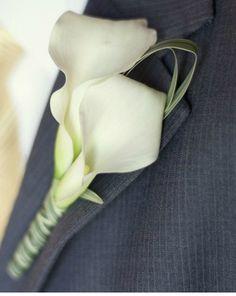 Kathryn - what Cream/white Calla on dark grey looks like :-)