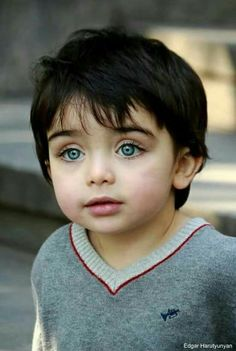 New Ideas Beautiful Children Faces Blue Eyes Beautiful Blue Eyes, Pretty Eyes, Cool Eyes, Precious Children, Beautiful Children, Beautiful Babies, Happy Children, So Cute Baby, Cute Babies