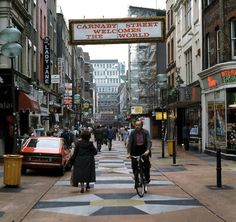 In Pictures: Carnaby Street Through The Decades Sunken City, Carnaby Street, London Pictures, Old London, London England, Britain, Old Things, Street View, World