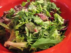 Mixed Green Salad with Maple Lime Dressing From Salad Dressing Dressings for All Occasions Recipe originally from Eating Light, Eatin. Green Salad Recipes, Best Salad Recipes, Easy Delicious Recipes, Delicious Fruit, Quinoa Chickpea Salad, Salad Dishes, Food Salad, Watermelon And Feta, Paleo