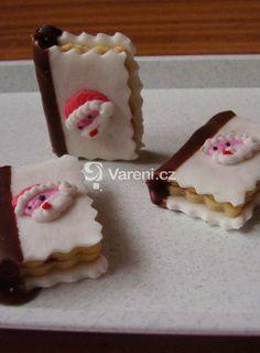 Vánoční knížečky Holiday Cookies, Sweet Tooth, Food And Drink, Pudding, Sugar, Cake, Desserts, Recipes, Crack Crackers