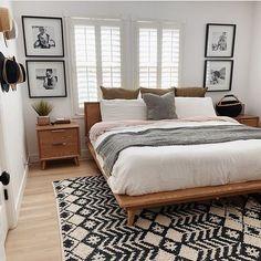 Home Bedroom, Cozy Master Bedroom Ideas, Master Bedrooms, Small Master Bedroom, King Bedroom, Bedroom Black, Bedroom Kids, White Bedroom Brown Furniture, Dream Bedroom