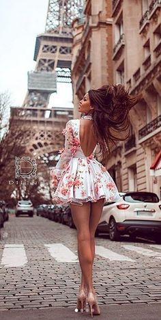 Great Legs, Beautiful Legs, Beautiful Women Pictures, Gorgeous Women, Sexy Dresses, Short Dresses, Pullover Shirt, Pantyhose Outfits, Lolita Dress