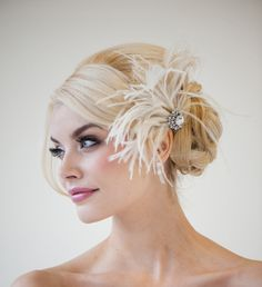 Bridal Fascinator Wedding Fascinator Feather by PowderBlueBijoux, $89.00