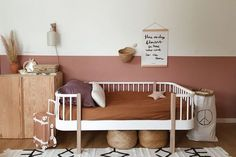 Baby Girl Nursery Room İdeas 47076758591076835 - Source by onziememois Baby Girl Nursery Room Ideas, Baby Bedroom, Baby Room Decor, Girls Bedroom, Home Interior, Interior Design Living Room, Big Girl Rooms, New Room, Kids Room