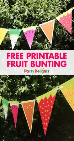 Tutti Frutti Party Ideas, Tutti Frutti Celebration Concepts Planning a summer time celebration? Obtain our free printable fruit bunting - a enjoyable summer time celebration or. Tutti Frutti, Fruit Birthday, 2nd Birthday Parties, Summer Party Decorations, Birthday Party Decorations, Diy Party Banner, Batman Party, Fete Marie, Tutti Fruity Party