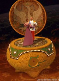 Alexandra Feodorovna was the wife of Nicholas II and the mother of Olga Nikolaevna, Tatiana. Anastasia Music Box, Anastasia Movie, Anastasia Musical, Disney Movies, Disney Pixar, Anastacia Disney, Princesa Anastasia, Barbie Drawing, Anastasia Romanov