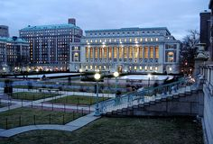 Butler Library at Columbia University (New York) - Famous Cities