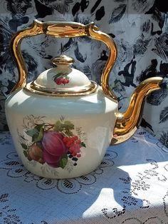 Kettle, Tea Pots, Tableware, Tea Pot, Dinnerware, Tablewares, Boiler, Dishes, Place Settings