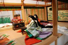 WHAT is this kasane?? Layered robes of blue-green lined in blue-green, hitoe in verdant green (moegi?)...20090205 475 by tatsushu, via Flickr