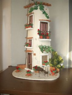 Biscuit, Terracotta Pots, Fairy Houses, Little Houses, Terrarium, Diy And Crafts, Bookcase, Miniatures, Clay