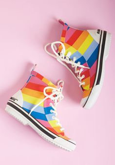 9d56609af24 Second Prances Rain Boot in Rainbow in 10