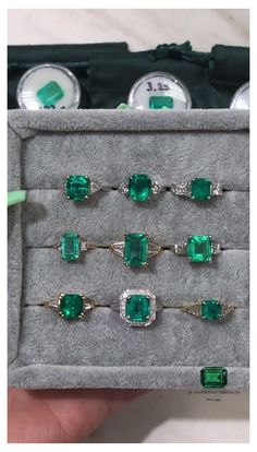 Emerald Ring Design, Emerald Ring Vintage, Alternative Engagement Rings, Vintage Engagement Rings, Dream Engagement Rings, Emerald Necklace, Emerald Jewelry, Emerald Rings, Emerald Ring White Gold