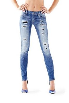 f5a8ff10a544 Mid-Rise Power Curvy Jeans in Blue Rumors Wash