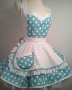 I Luv My Lucy Polka Dot Pin Up Costume Apron by PickedGreen. I want an apron! Retro Apron, Aprons Vintage, Fantasias Pin Up, Cute Aprons, Sewing Aprons, Apron Designs, Creation Couture, Kitchen Aprons, Vintage Mode