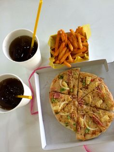 Pinoy style pizza with fries and iced tea chinatown Bacolod City Bacolod City, Filipino Recipes, Pinoy, Iced Tea, Waffles, Fries, Breakfast, Food, Style