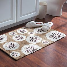 Improvements Sand Dollar Hooked Accent Rug-2' x 3' (2,720 INR) ❤ liked on Polyvore featuring home, rugs, accent rug, bath mat, bathroom rug, floor mat, hooked rug, sand dollar hooked accent rug, washable rug and patterned rugs