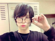 Actors, Round Glass, Glasses, Eyewear, Actor, Eyeglasses, Eye Glasses