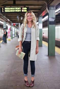 New York City Subway Street Style #streetstyle #fashion