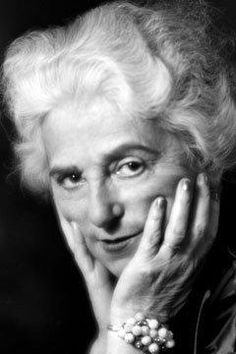 Madeleine Vionnet, master in manipulating fabric