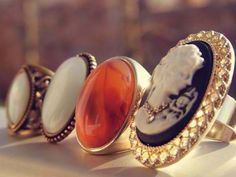 Big rings, especially big, vintage rings. #Jewelry #Cameo