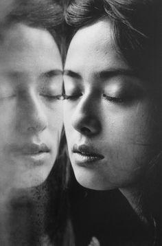 "hotparade: Jeanloup Sieff, Kumiko Goto From ""I Had A Dream"", 1995 Kumiko Goto, Jean Loup Sieff, White Photography, Portrait Photography, The New Wave, Portraits, I Have A Dream, French Photographers, Photo B"