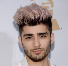 From Justin Bieber to Zayn Malik, here are the best bleached blonde styles from celeb men. Zayn Malik Style, Zayn Malik Photos, Mens Hair Colour, Hair Color, Nicole Scherzinger, Zayn News, Justin Bieber, Zayn Malik Hairstyle, Men's Hairstyle